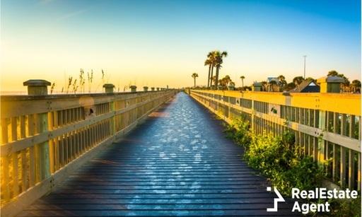 boardwalk-beach-on-palm-coast-florida.jpg